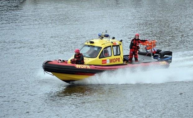 Akcja ratunkowa na Zalewie Kamieńskim: 15-latka wypadła z łódki