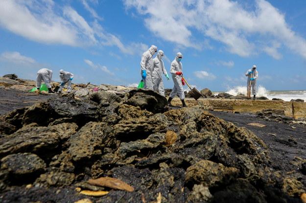 Akcja sprzątania plaż /CHAMILA KARUNARATHNE /PAP/EPA