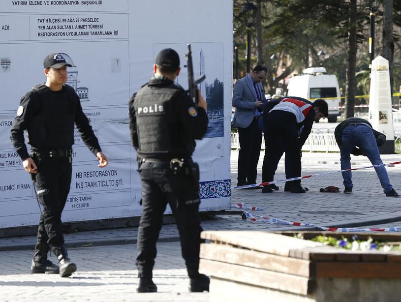 Akcja tureckich służb po ataku w centrum Stambułu /REUTERS/OsmanOrsal /Agencja FORUM