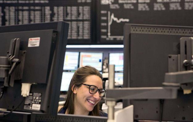 Akcje Play wejdą do indeksu MSCI Poland /AFP