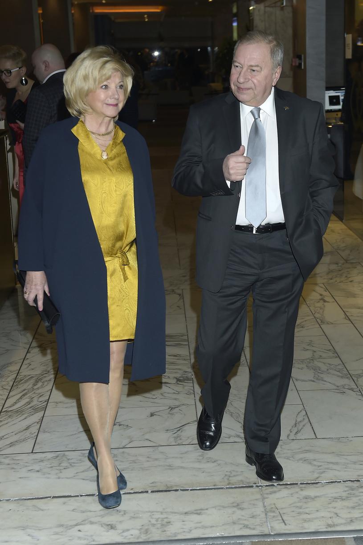 Aktor i jego żona są małżeństwem ponad 40 lat /AKPA