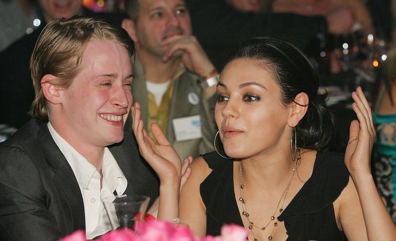 Aktor przez kilka lat związany był z Milą Kunis, obecną partnerką Ashtona Kutchera /Ethan Miller /Getty Images