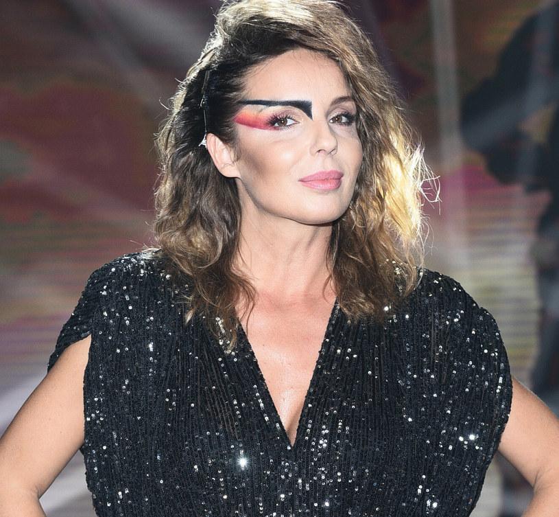 Aktorka nie farbuje i nie rozjaśnia włosów - dziś stawia na naturalną pielęgnację /VIPHOTO /East News