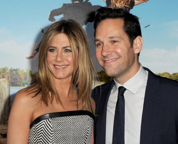 """Aktorka spotykała się również ze znanym z serialu """"Przyjaciele"""", Paulem Ruddem / Kevin Winter /Getty Images"""