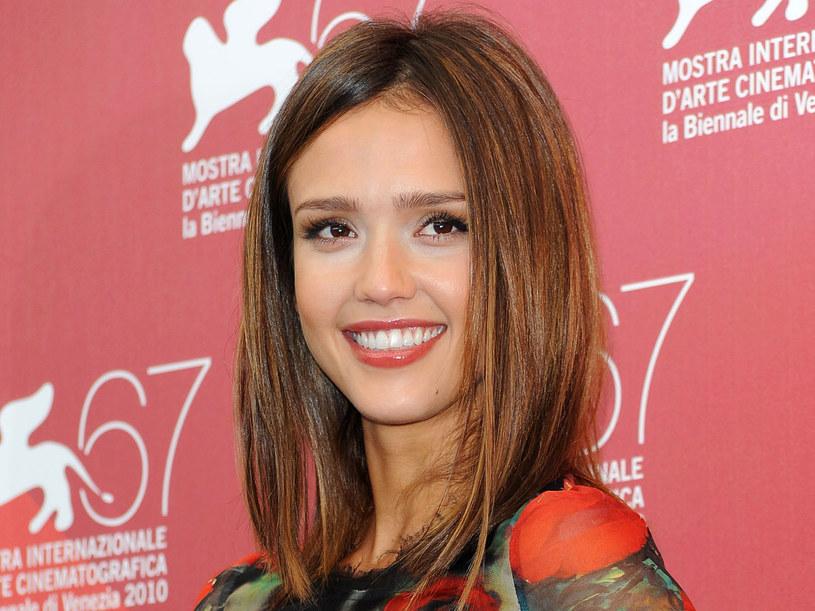 Aktorka w prostych włosach  /Getty Images/Flash Press Media