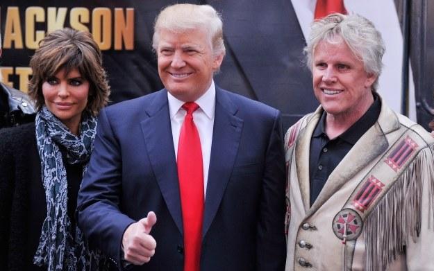 Aktorzy Lisa Renna i Gary Busey podczas spotkania z Donaldem Trumpem /AFP