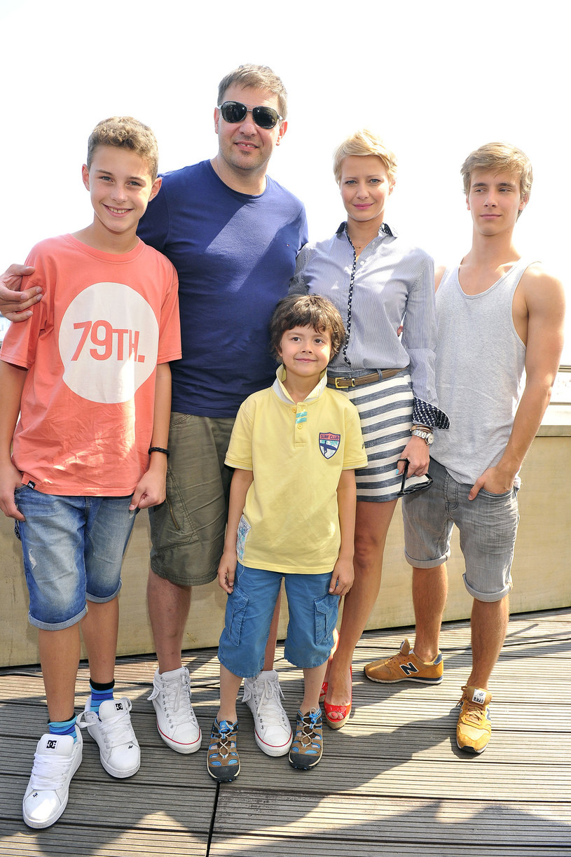 """Aktorzy """"Rodzinki.pl w komplecie /AKPA"""