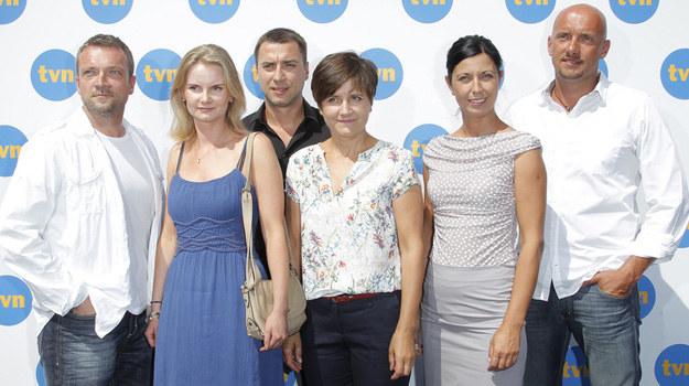 """Aktorzy serialu """"W-11 Wydział Śledczy"""" podczas prezentacji jesiennej ramówki stacji TVN /AKPA"""