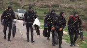 Aktywiści sprzątają greckie wybrzeże i ostrzegają