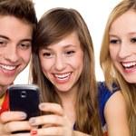 Aktywni użytkownicy mobilnego internetu zdominowali sieci komórkowe