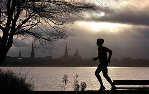 Aktywność fizyczna zmniejsza ryzyko ciężkiego przebiegu COVID-19