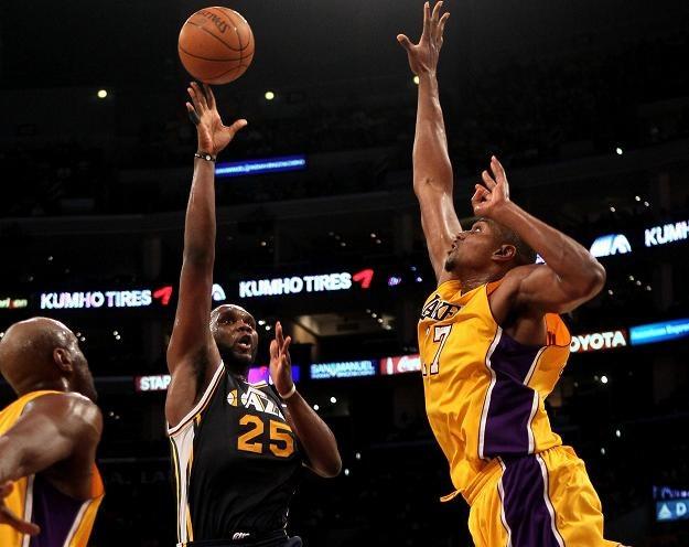 Al Jefferson za chwilę trafi do kosza Los Angeles Lakers /AFP