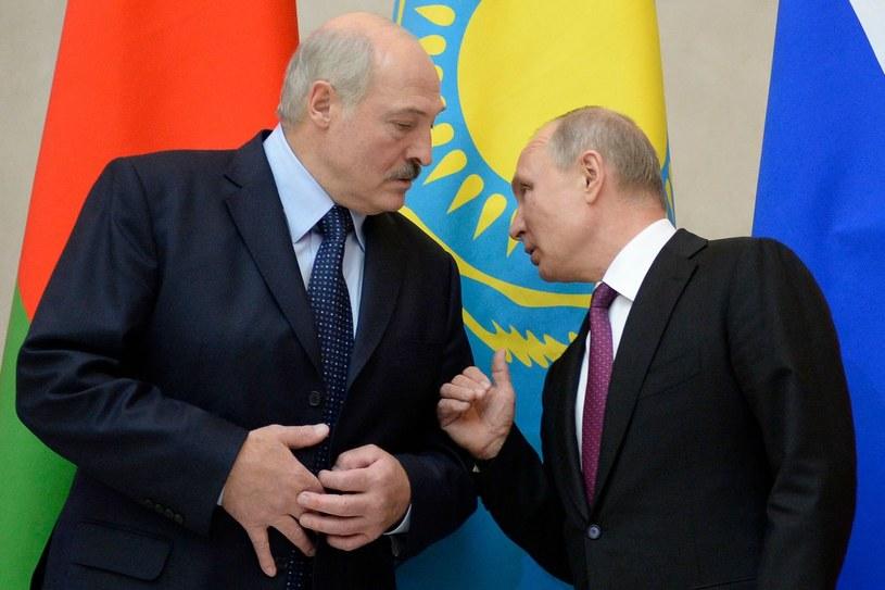 Alaksandr Łukaszenka i Władimir Putin; zdj. archiwalne /AFP