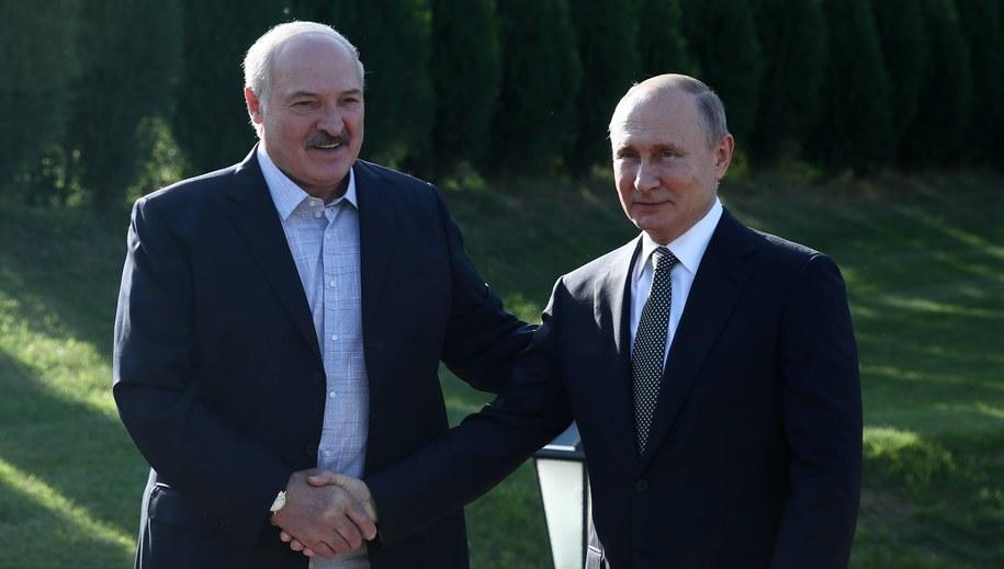 Alaksandr Łukaszenka i Władimir Putin / Sergei Bobylev/TASS /PAP/EPA