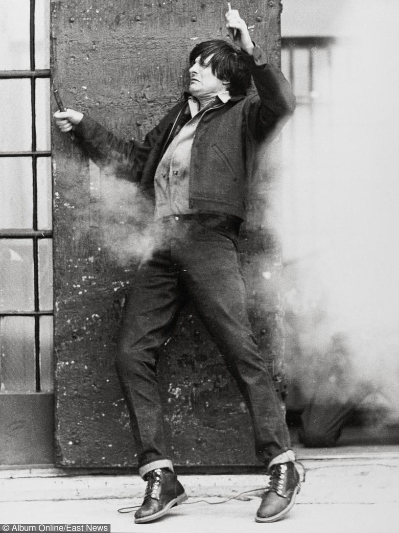 """Alan Alda w filmie """"Kryształowy dom"""" (1972) /East News"""