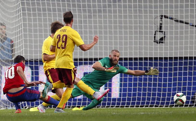 Ałan Dzagojew strzela bramkę dla CSKA Moskwa /PAP/EPA
