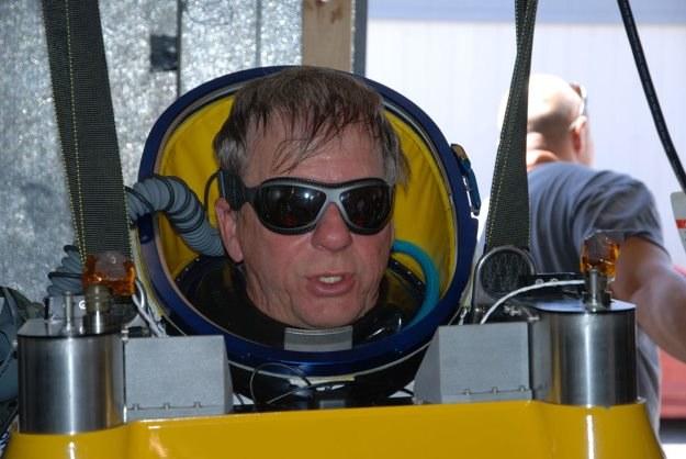 Alan Eustace - człowiek, który zupełnie niespodziewane pobij rekord Feliksa Baumgartnera /materiały prasowe