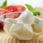 Alarm w sprawie mozzarelli: co czwarta nie jest z prawdziwego mleka