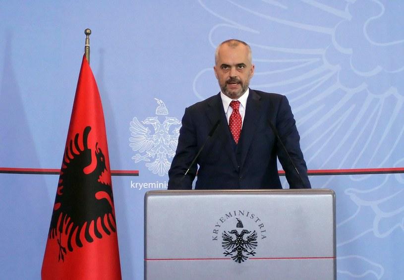 Albania nie zgodziła się na zniszczenie syryjskiej broni chemicznej na swoim terytorium. Na zdjęciu premier tego państwa Edi Rama /AFP