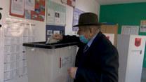Albania wybiera władze. Pierwsi wyborcy oddali swe głosy w wyborach parlamentarnych