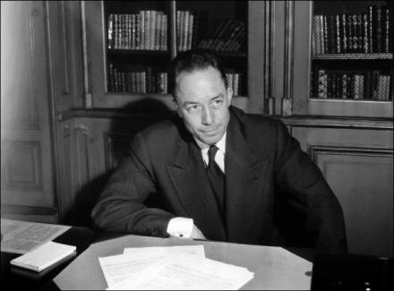 Albert Camus jest ulubionym pisarzem amerykańskiego prezydenta /AFP