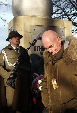 Albert Muhr, wnuk pułkownika Othmara Muhra przy pomniku dziadka /Małgorzata Żyłko /INTERIA.PL