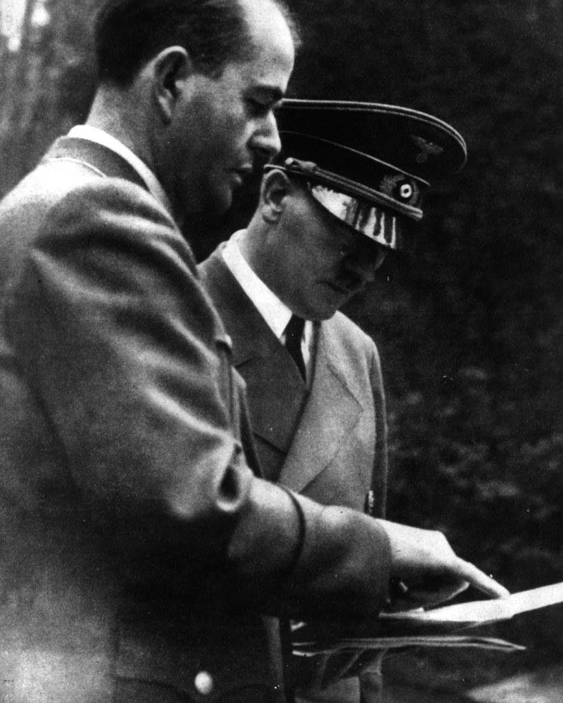Albert Speer i Adolf Hitler w 1943 roku /Getty Images/Flash Press Media