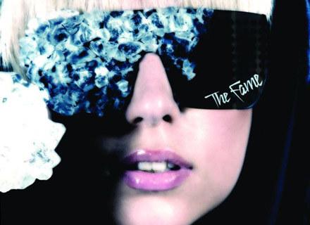 """Album """"The Fame"""" dopiero wszedł na rynek brytyjski /"""