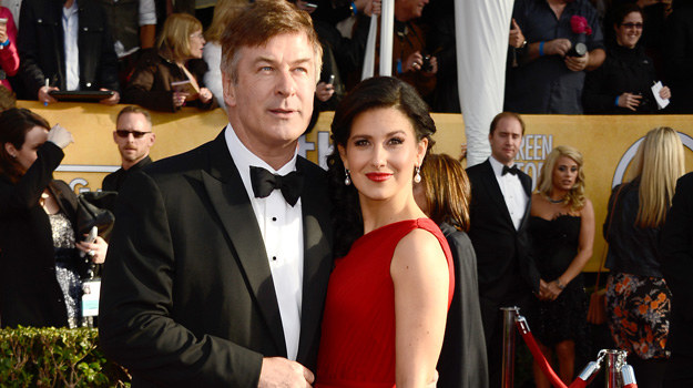 Alec Baldwin z partnerką Hilarią Thomas /Frazer Harrison /Getty Images