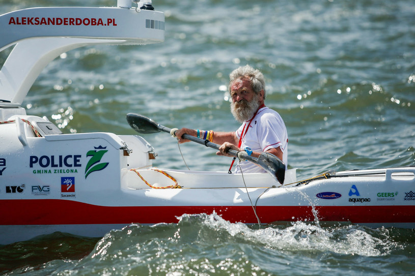 Aleksander Doba w 2016 r. w czasie samotnej wyprawy przez Ocean Atlantycki /Eduardo Munoz Alvarez /East News