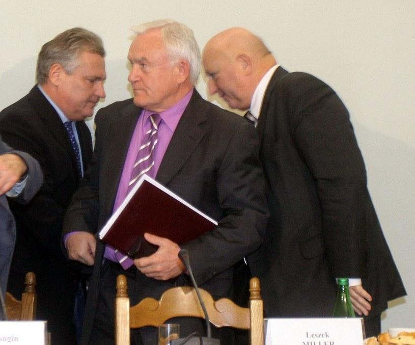 Aleksander Kwaśniewski, Leszek Miller i Józef Oleksy /Witold Rozbicki /Reporter
