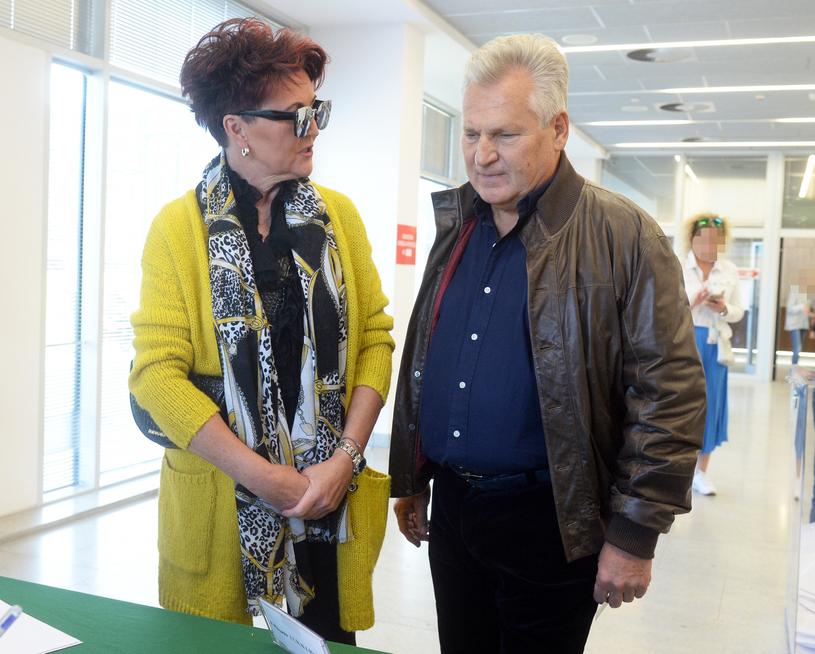 Aleksander Kwaśniewski z żoną Jolantą /Jan Bielecki /East News