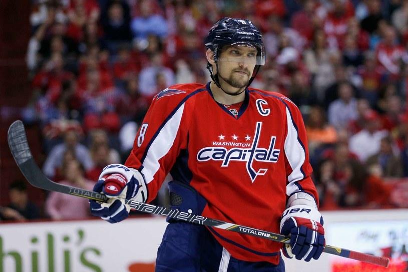 Aleksander Owieczkin jest kapitanem Washington Capitals. /AFP