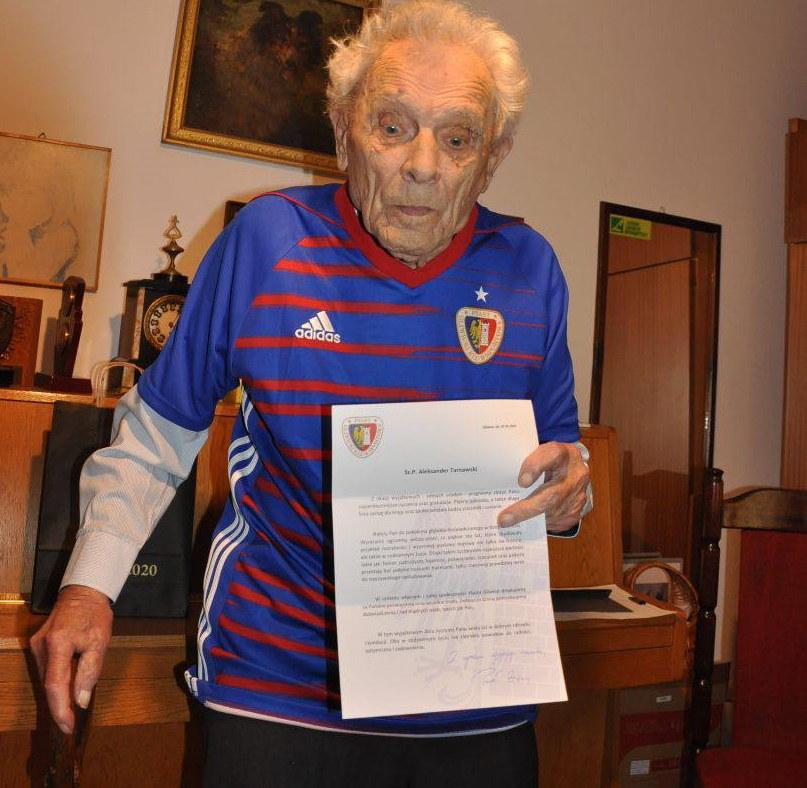 Aleksander Tarnawski w koszulce Piasta Gliwice /archiwum prywatne