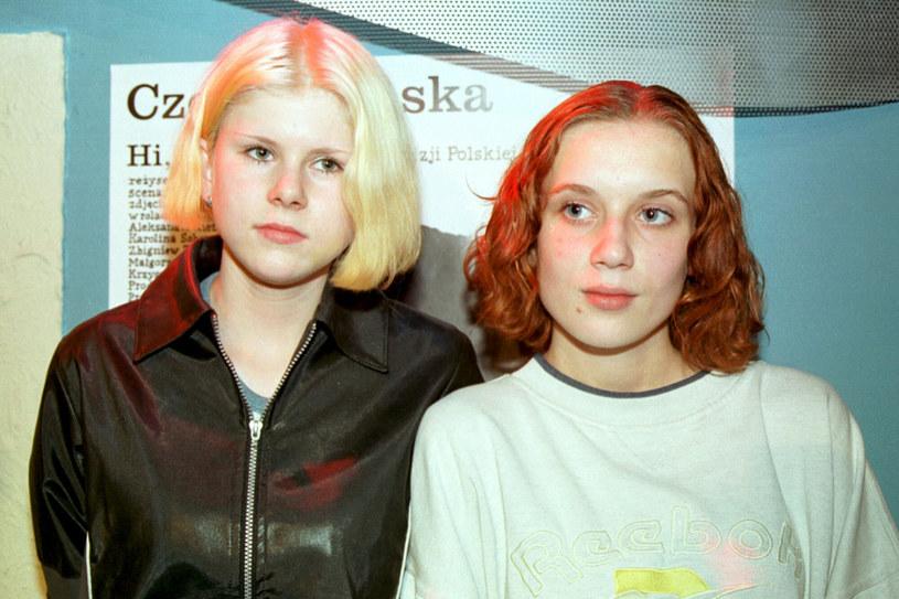 Aleksandra Gietner i Karolina Sobczak na Festiwalu Polskich Filmów Fabularnych w 2001 roku /Maciej Kosycarz/KFP /Reporter