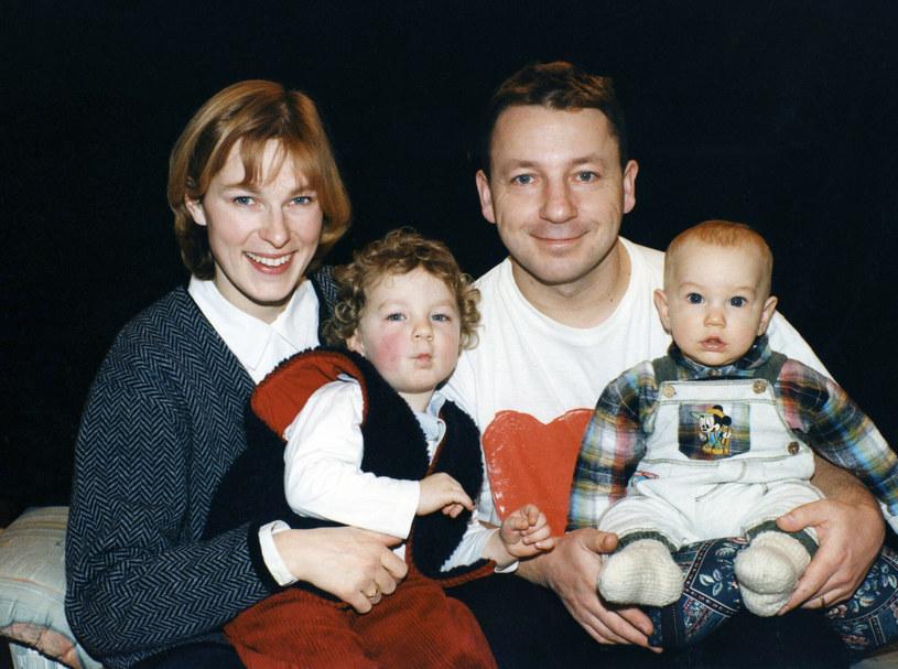 Aleksandra Justa i Zbigniew Zamachowski z dziećmi, 1995 r. /Zenon Zyburtowicz /East News