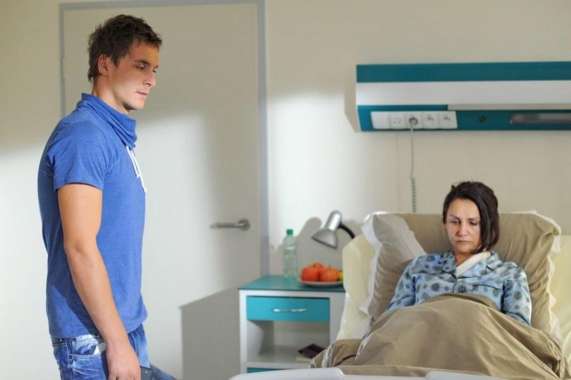 Aleksandra zdradzi synowi bolesną, rodzinną tajemnicę… /Agencja W. Impact
