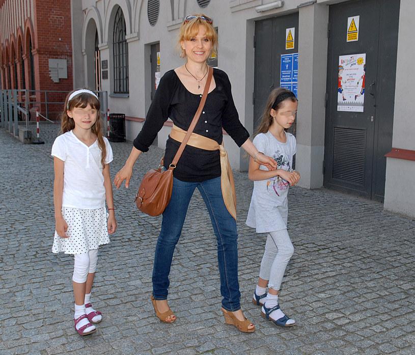 Aleksandra ze swoimi ukochanymi córkami /Marek Ulatowski /MWMedia