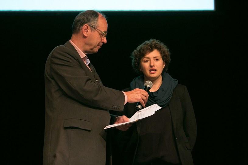 Aleksandra Zemke (P) podczas gali zwycięzców World Summit Youth Award. /materiały prasowe