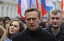Aleksiej Nawalny na Syberii mógł zbierać haki na polityków Jednej Rosji