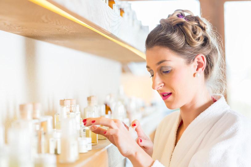 Alergia na składniki zawarte w perfumach jest bardzo prawdopodobna /123RF/PICSEL