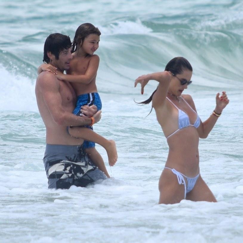 Alessandra Ambrosio i Nicolo Oddi z synem modelki /Agencja FORUM