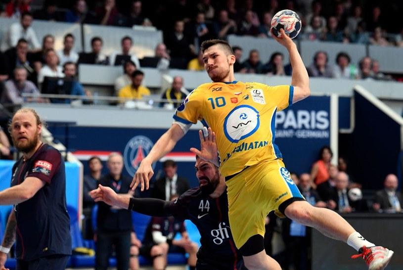 Alex Dujszebajew z piłką /AFP