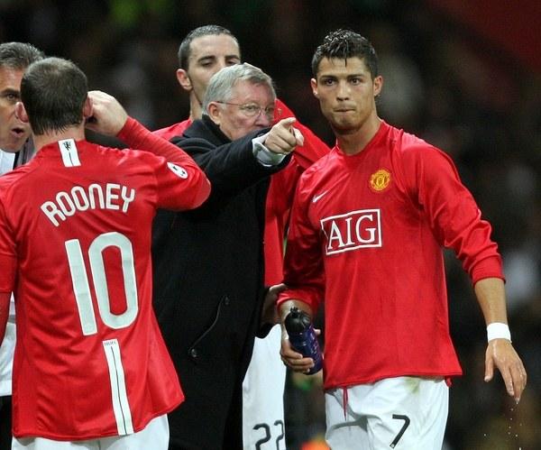 Alex Ferguson i Cristiano Ronaldo w barwach Manchesteru United /AFP