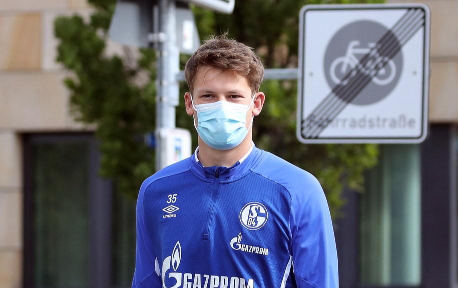 Alexander Nuebel przed treningiem Schalke 04 Gelsenkirchen /Friedemann Vogel /PAP/EPA