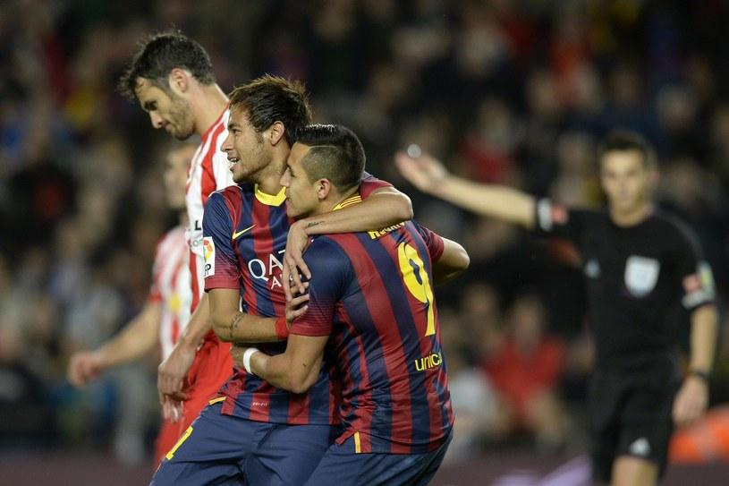 Alexis Sanchez i Neymar. Czy Barca słusznie pozbywa się Chilijczyka? /AFP
