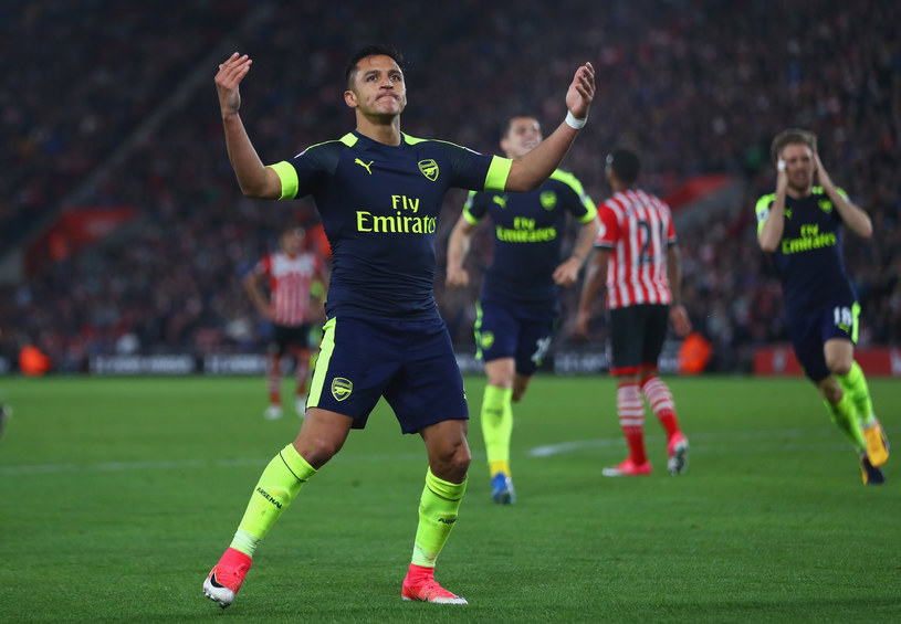 Alexis Sanchez z Arsenalu Londyn /Michael Steele /Getty Images