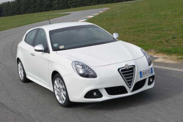 Alfa giulietta - posłuży za bazę dla nowego dodge'a /