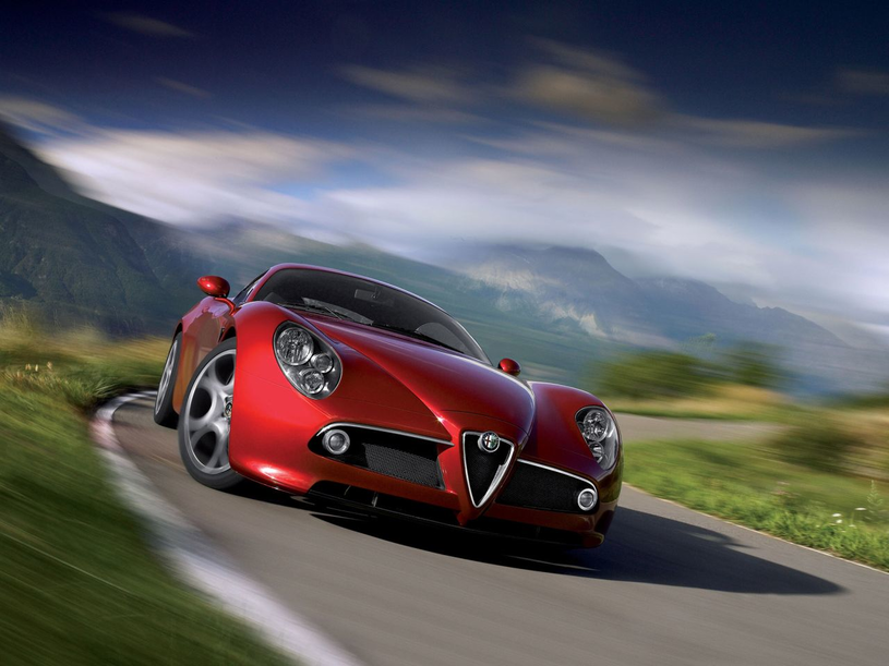 Alfa Romeo 8C /