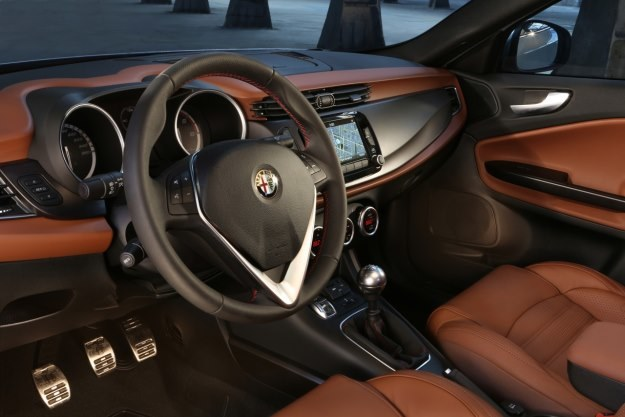 Alfa Romeo Giulietta /